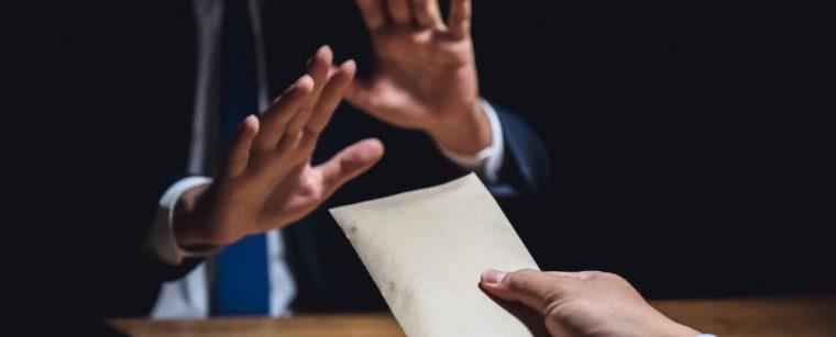 Побутова корупція: огляд ключових досліджень